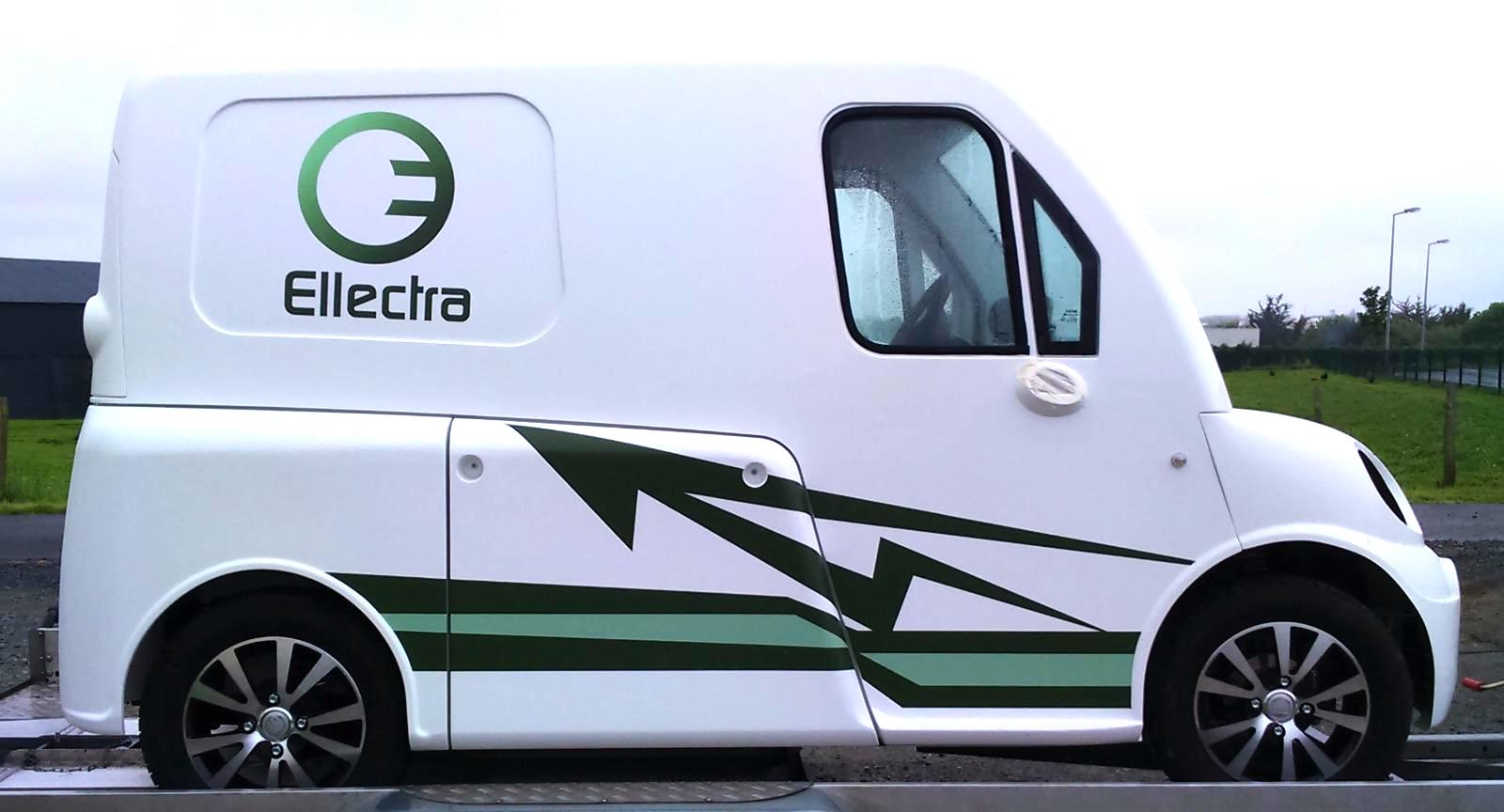 marquage vehicule electrique - guyonnet publicite fontenay le comte vendee
