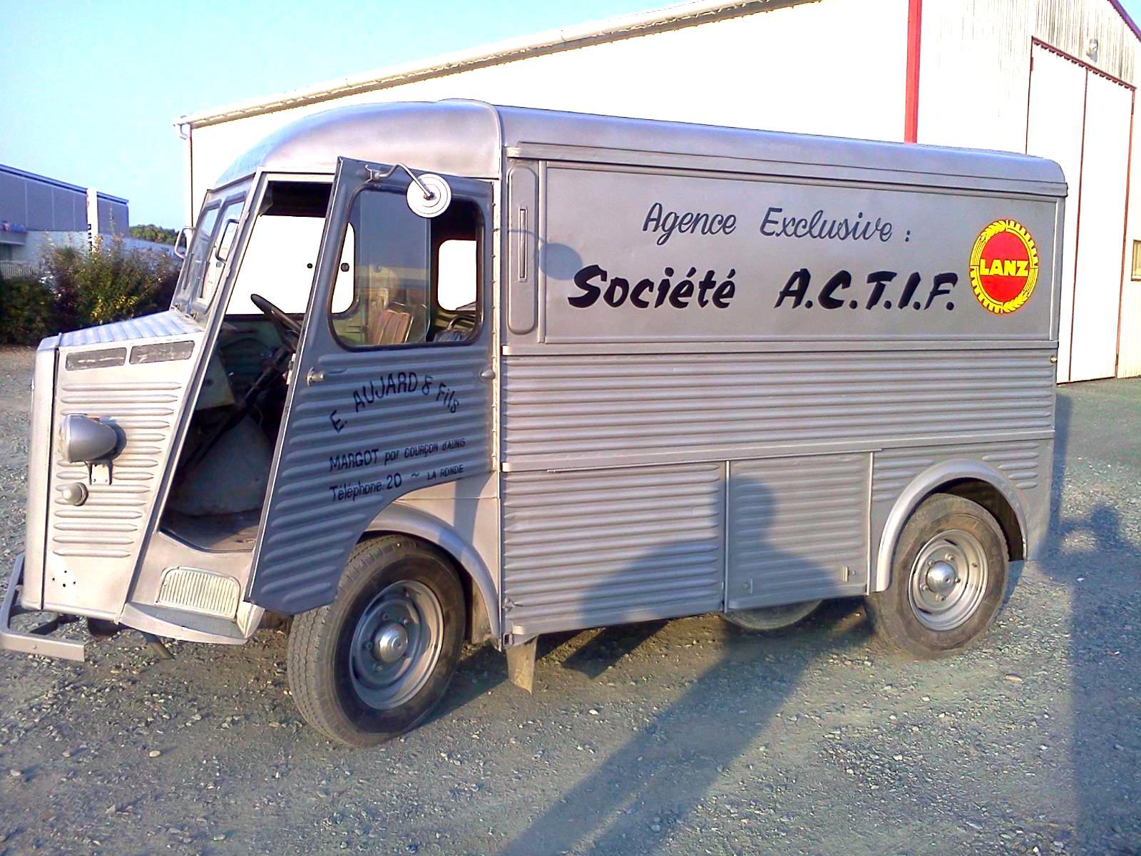 marquage vehicule peint - guyonnet publicite fontenay le comte vendee