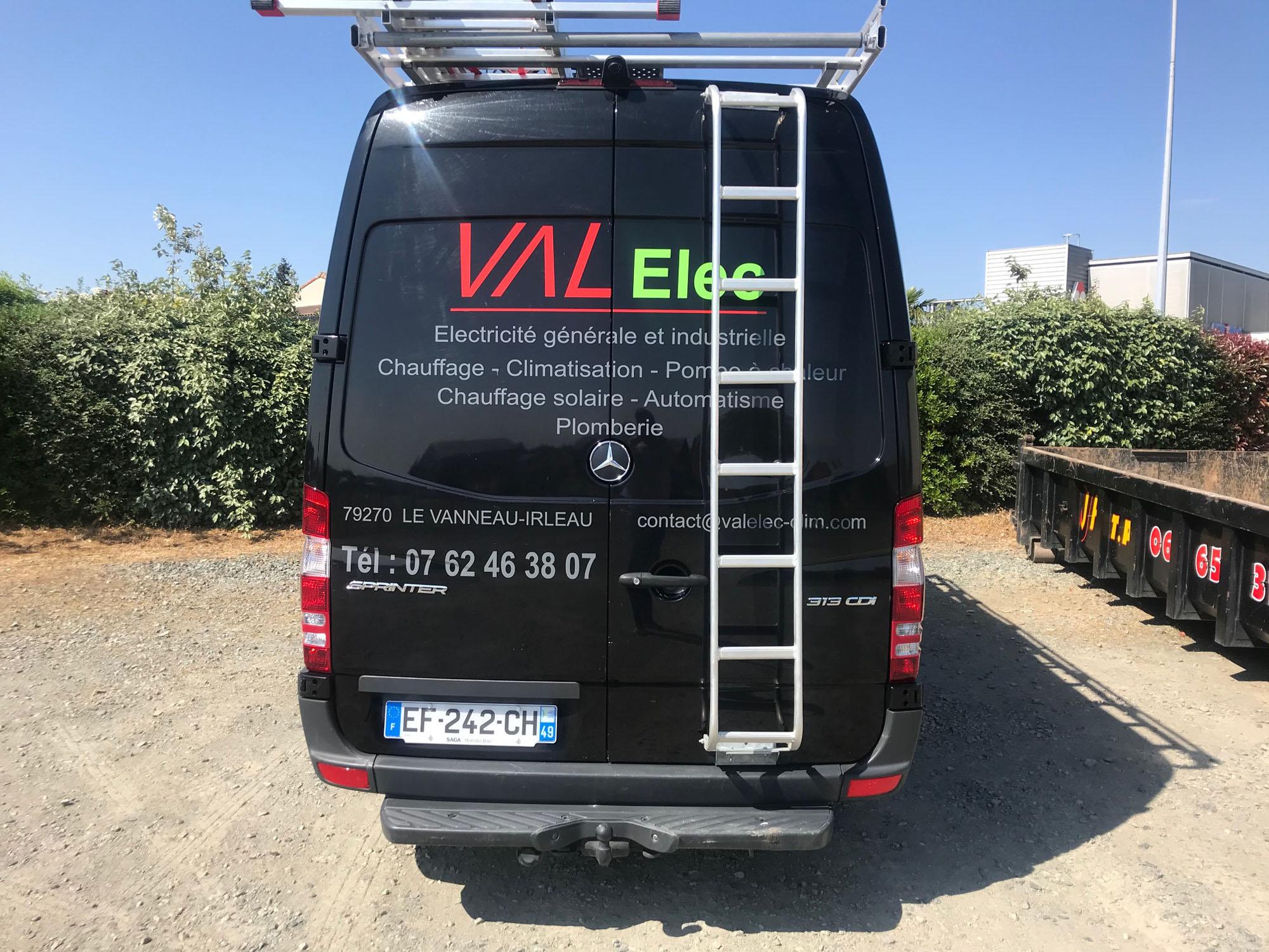 Marquage camion VAL Elec 2 - Guyonnet Publicite Fontenay le Comte