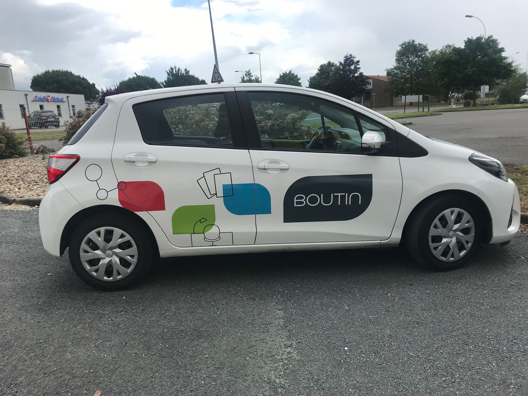 Marquage vehicule BOUTIN 2 - Guyonnet Publicite Fontenay le Comte